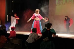 Oulfa la danseuse orientale